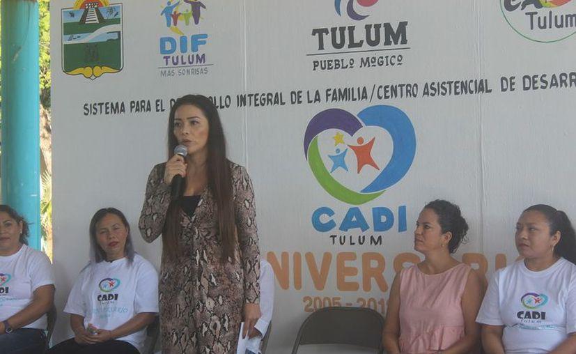 La presidente honoraria del DIF, Celia Aguilar Mas señaló que se seguirá atendiendo a los menores. (Sara Cauich/SIPSE)