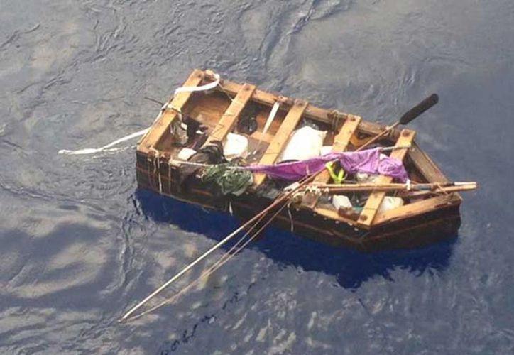 La alerta, enviada por la Marina Real Holandesa al mediodía, informó del naufragio de una embarcación con siete posibles inmigrantes aferrados al casco. (Excelsior.com)