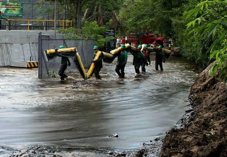 Imagen del oleoducto Caño Limón Coveñas en Colombia, donde se produjo un atentado. (EFE)