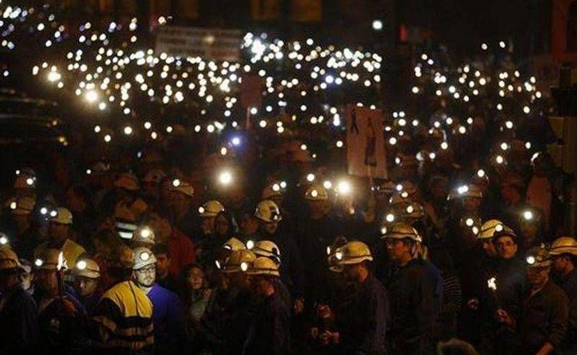 La minería genera una producción valorada en 4,480 millones de dólares, apenas el 0.3% del PIB español. (diariodeleon.es)