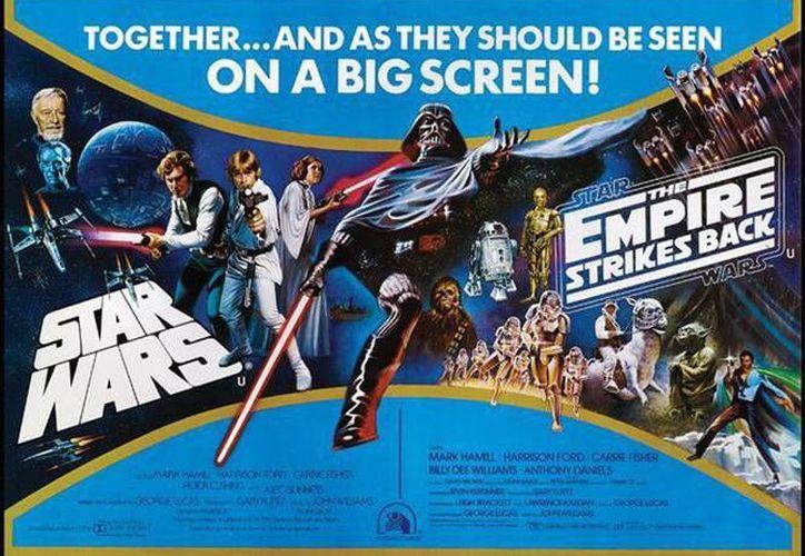 Imagen de uno de los dos certeles promocionales de la película 'Star Wars' que saldrán a subasta en la casa Profiles and History
