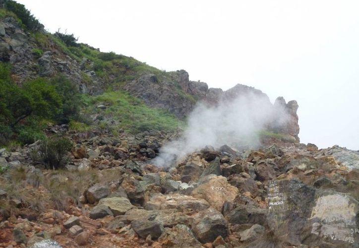La costa de Colima enfrenta dos riesgos volcánicos: uno por el Everman y otro por el Nevado de Colima. (Notimex)