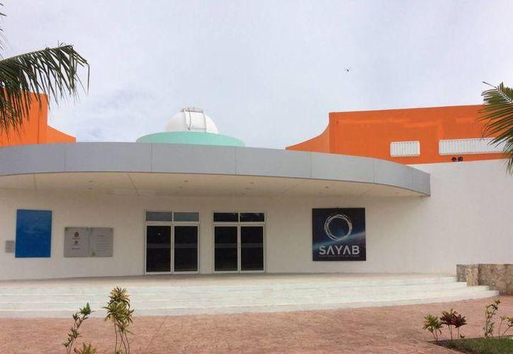La cita para el evento es este viernes en el Planetario de Playa del Carmen. (Foto: Contexto/SIPSE)