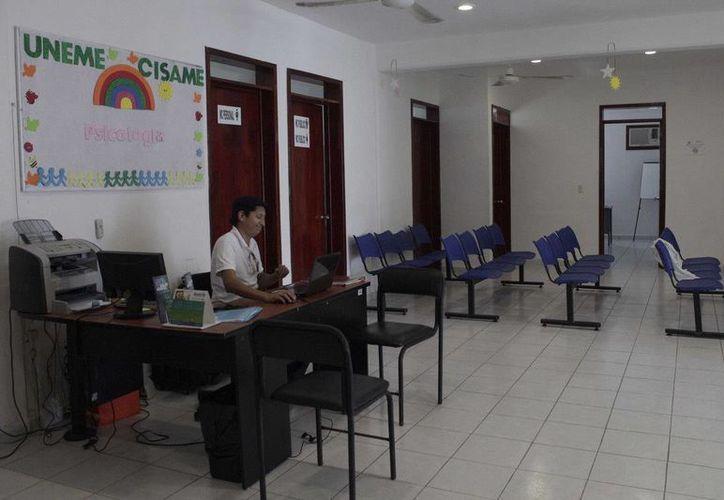 En Cancún se van a someter a este proceso, 14 unidades de salud, ahora están en espera de la fecha para la evaluación. (Redacción/SIPSE)