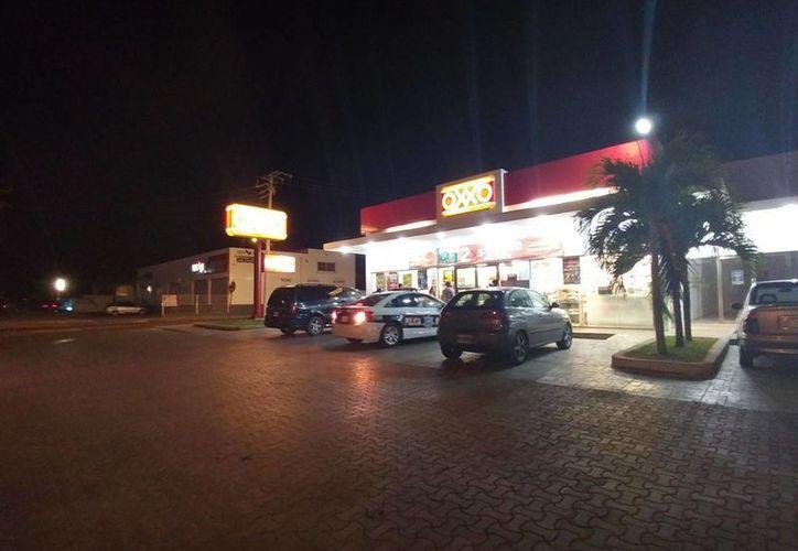 Un robo con violencia se registró la noche del martes en una tienda de conveniencia de Cozumel. (Redacción/SIPSE)