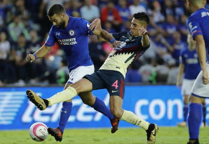 El partido es  uno de los clásicos  de México. (Foto: El Comercio)