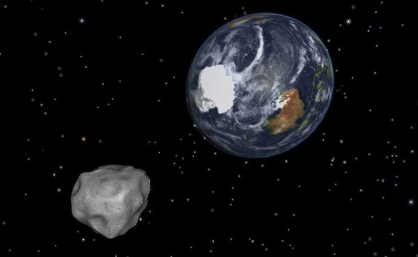 Gráfica de la NASA sobre la aproximación del asteroide DA14 a la Tierra. (AP)