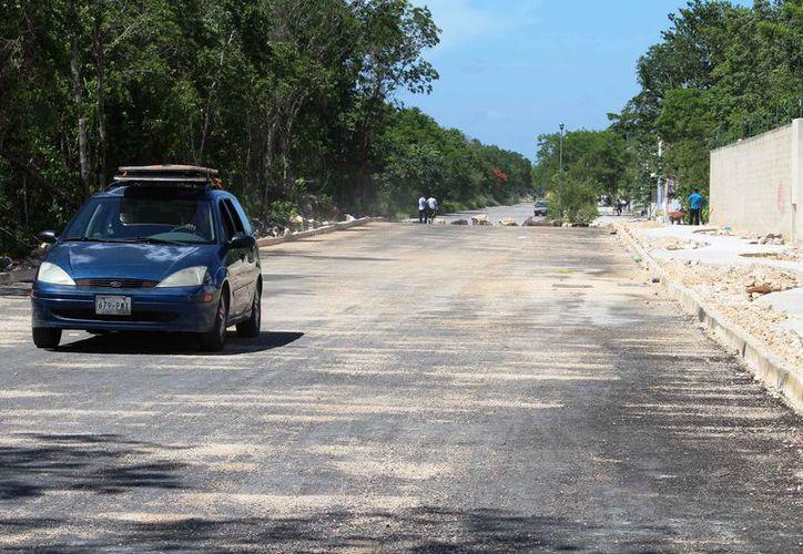 De acuerdo a Obras Públicas, el proyecto vial sería concluido este año. (Octavio Martínez/SIPSE)