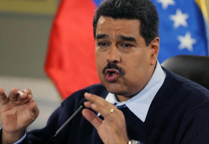 El presidente Nicolás Maduro buscará invalidar la declaratoria de amenaza que pesa sobre Venezuela por parte de EU. (AP)