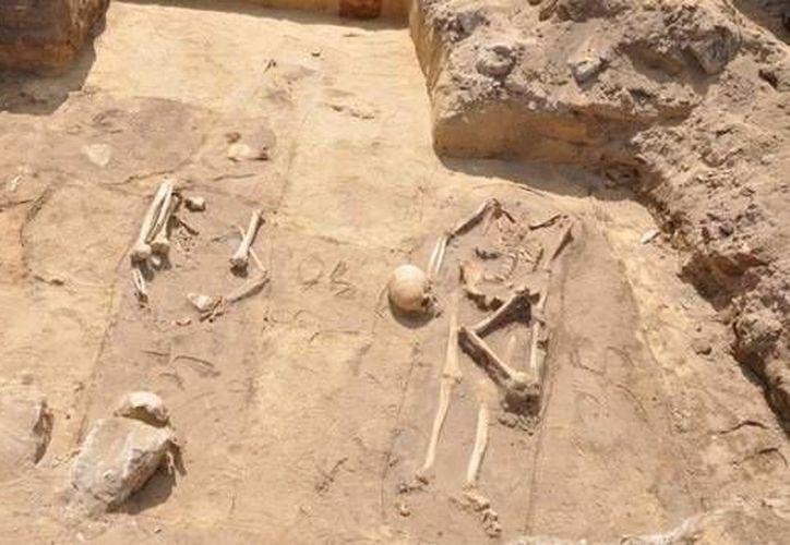 Las osamentas fueron halladas sin objetos que ayuden a determinar la época. (RT)