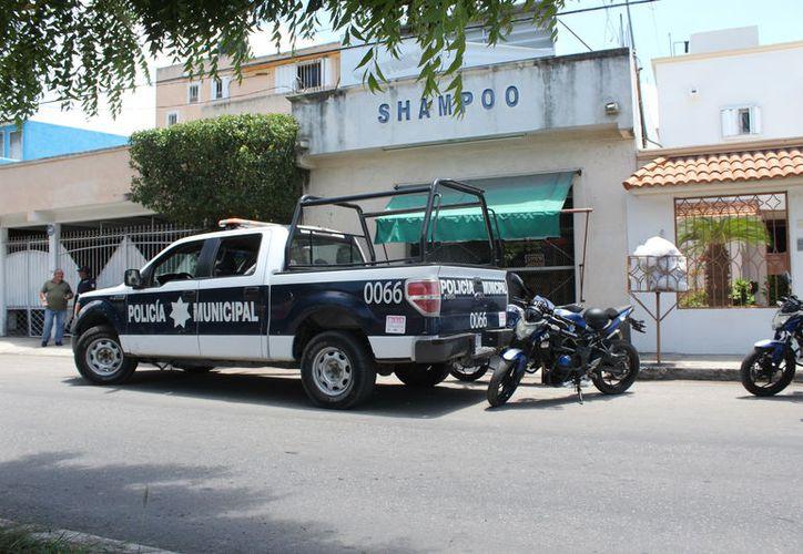 Las corporaciones policíacas se movilizan muchas veces por falsas alarmas. (Joel Zamora/SIPSE)