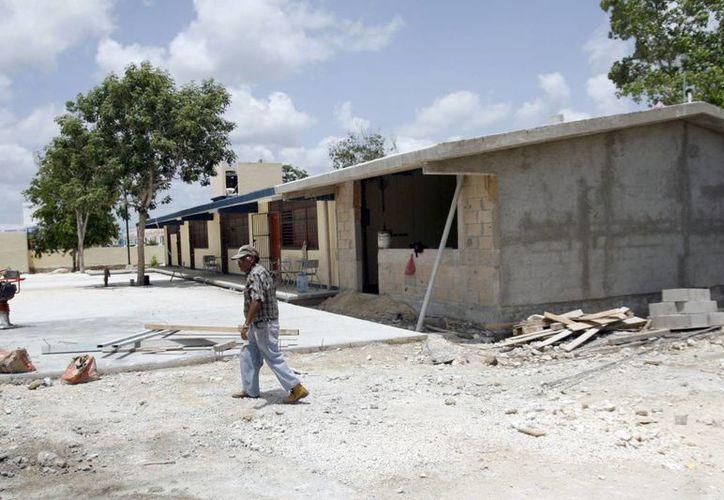 Se construirán los planteles educativos en las zonas escolares con mayor saturación. (Tomás Álvarez/SIPSE)