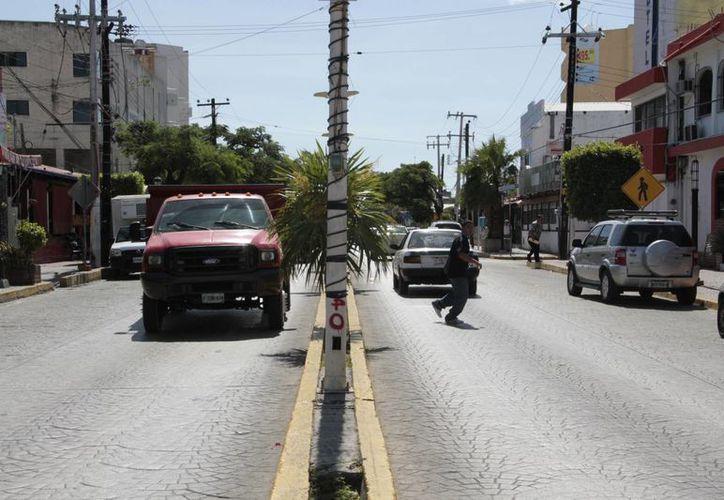 Los vehículos podrán transitar sin problemas durante los trabajos. (Tomás Álvarez/SIPSE)