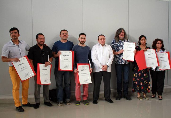 Los galardonados fueron Antonio Gritón, Tania Ximena Ruiz, Plinio Villagrán Galindo, Marco Arce, Melba Arellano y Jesús Jiménez. (Jorge Acosta/Milenio Novedades)