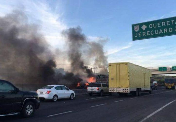 Autoridades federales y estatales cerraron los accesos a la zonas de Apaseo El Alto y El Grande. (Diario Querétaro)