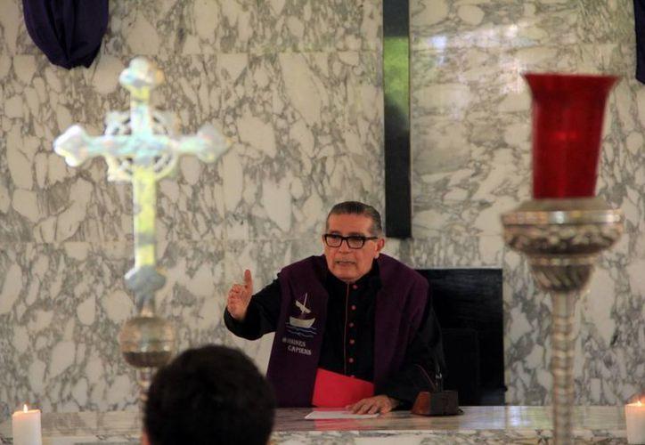 Mons. Álvaro García Aguilar recibió el sacramento del Orden Sacerdotal el 16 de junio  de 1956. (Milenio Novedades)