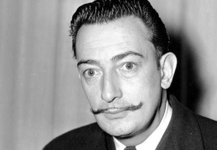 La galería Mayoral, expuso por primera vez una línea de diseños de moda que el surrealista Salvador Dalí para Jack A. Winter. (Archivo AP)