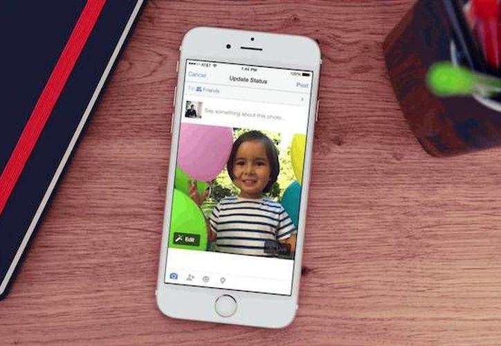 Live Photos de Facebook permite compartir imágenes acompañadas de un pequeño video e incluso sonido. (unocero.com)