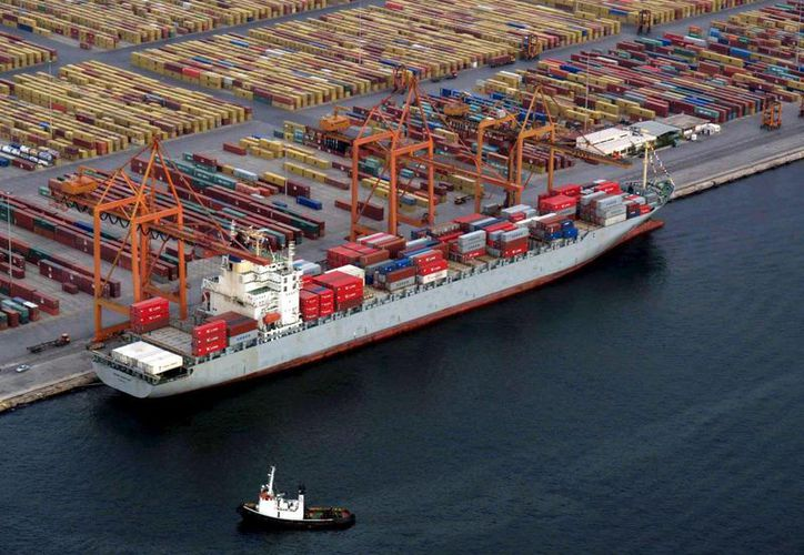 La desaceleración en el tráfico de carga en los puertos latinoamericanos se debe principalmente al debilitamiento de las exportaciones hacia los mercados asiáticos. (Archivo/EFE)