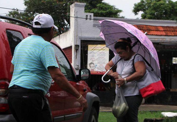 Además de las lluvias, el calor prevalecerá en Mérida. (José Acosta/SIPSE)