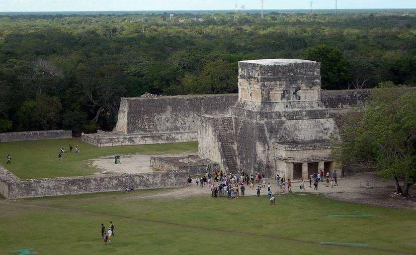 Por medio del 'cielo' buscan que los visitantes conozcan el mundo maya, (Archivo/ SIPSE)