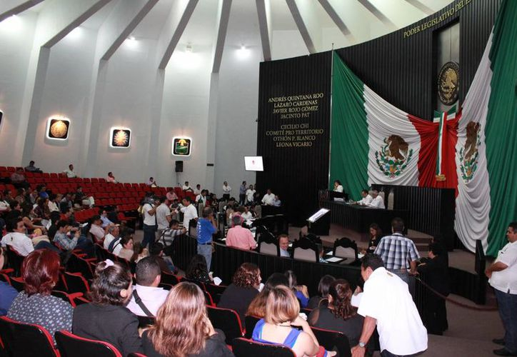 Lo partidos políticos ya presentaron sus ternas de candidatos para ocupar el puesto de fiscal del Estado de Quintana Roo. (Eddy Bonilla/SIPSE)