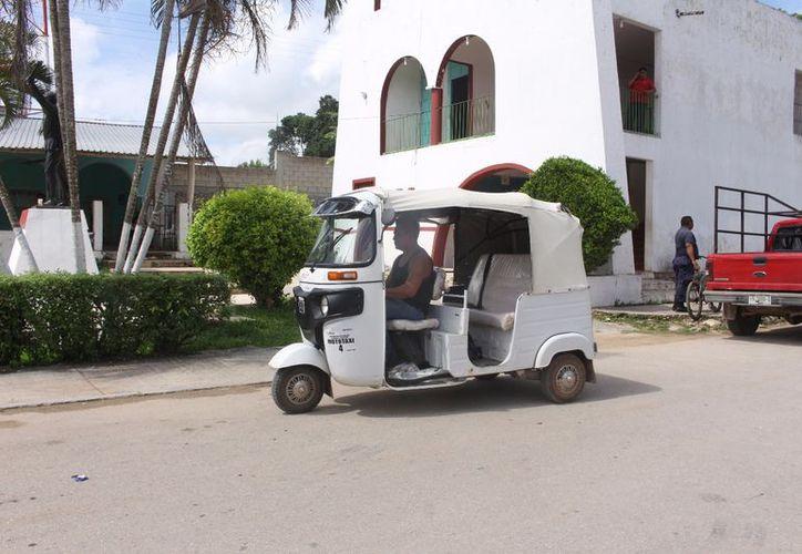 Aseguran que con el servicio no buscan crear conflictos con los taxistas sino ofrecer otras alternativas de transporte. (Jesús Caamal/SIPSE)