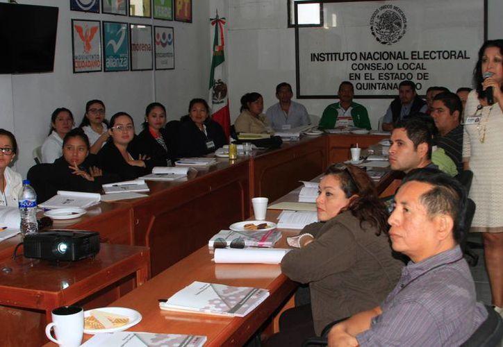 Se instalarán mil 900 casillas en el estado para elegir a gobernador, presidentes municipales, y diputados locales. (Ángel Castilla/SIPSE)