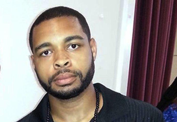 Foto de Micah Johnson, el sospechoso de matar a cinco policías en Dallas el pasado jueves durante una protesta por las recientes muertes de hombres de raza negra a manos de policías. Johnson, un veterano del Ejército, trató de refugiarse en un estacionamiento y se enfrentó a tiros con la policía, pero murió por un explosivo enviado por la policía en un robot. (Facebook vía AP)