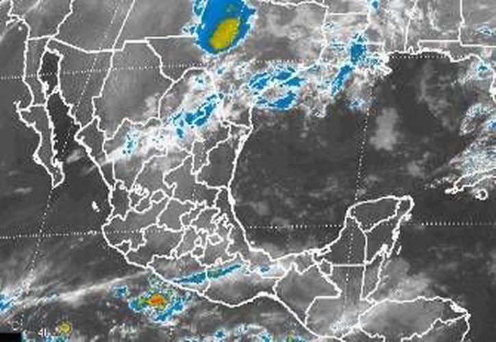 Se esperan chubascos, y la probabilidad de lluvias es del 50%. (Conagua)