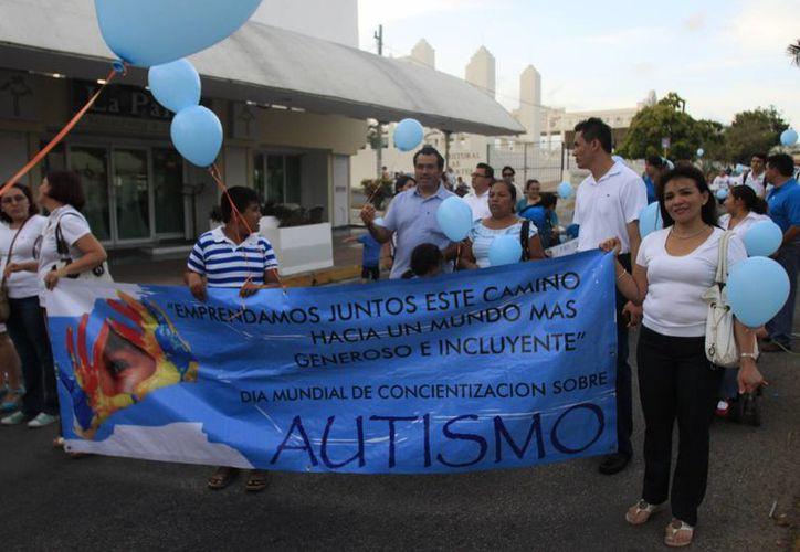 El autismo afecta la función cerebral; esta enfermedad no es curable. (Redacción/SIPSE)