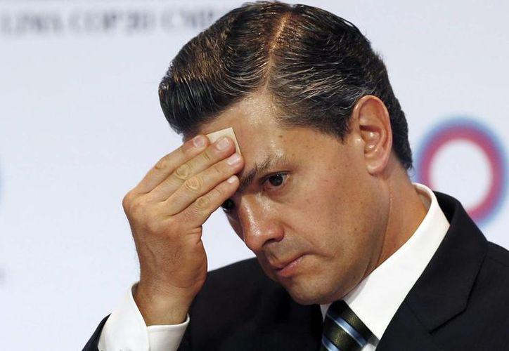 El Presidente de la República tiene un 30 por ciento de aprobación en la segunda mitad de su mandato: una cifra tan baja no se había visto desde el sexenio de Luis Echeverría Álvarez. (Archivo/Agencias)