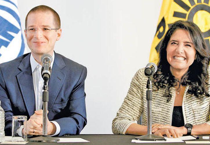 Los candidatos también argumentaron que a las mujeres hay que darles más empoderamiento en todos los sectores. (Foto: Milenio Noticias).