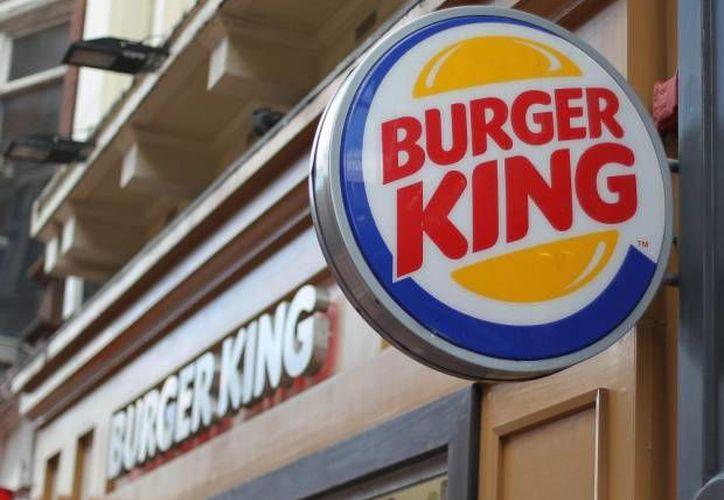 Un Burger King de la capital finlandesa, Helsinki, ha obtenido buena respuesta del público al incluir un sauna en sus instalaciones. (metro.co.uk)