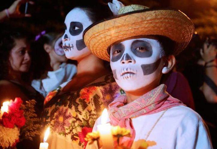 En México, una de las manifestaciones más comunes del llamado turismo de lo oscuro o de lo macabro es el Día de Muertos. (SIPSE)