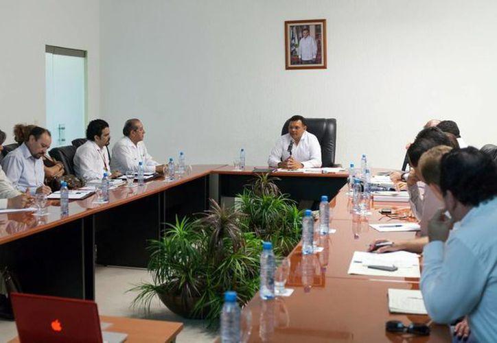 Integrantes del comité organizador detallan las actividades del evento. (Milenio Novedades)