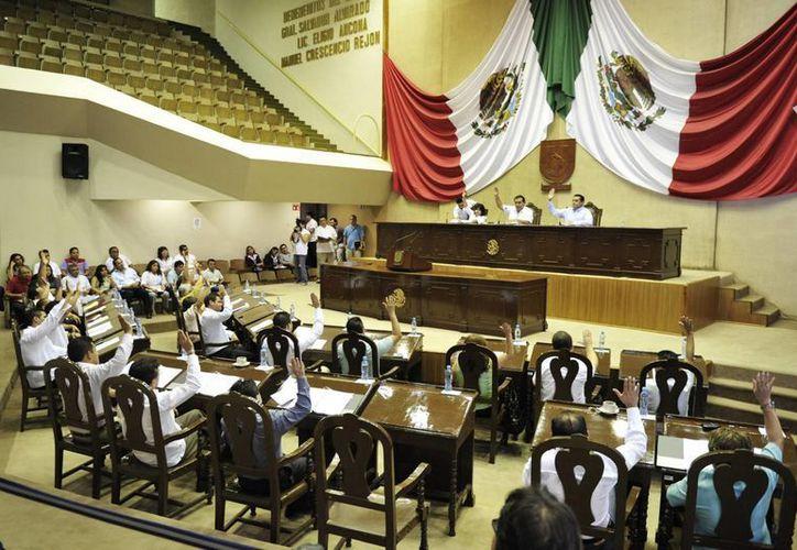 Este jueves se presentará al pleno legislativo el acuerdo parlamentario sobre las comisiones que se tomó en la Junta de Gobierno y Coordinación Política. (SIPSE)