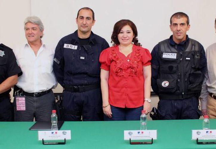 La Policía Nacional Francesa es una de las mejores corporaciones del mundo. (SIPSE)