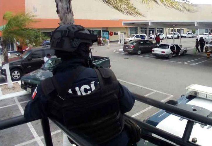 En los últimos días, también se han registrado asaltos a bancos. (Eric Galindo/SIPSE)
