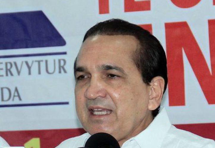 La Canaco-Servytur entregará boletos adicionales a quienes hayan asistido a votar el próximo 7 de junio. En la imagen el presidente local de la Canaco, José Manuel López Campos. (Milenio Novedades)