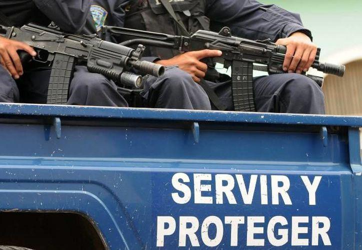 En el lugar hallaron pasta de cocaína y diversos materiales para procesar las sustancias. (Ministerio Público de Honduras)