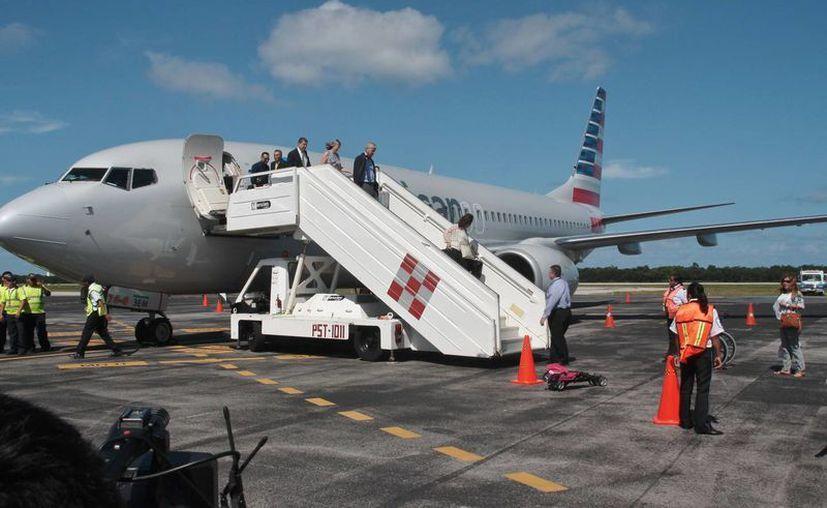 El vuelo de American Airline tiene una ocupación de hasta 36% en los asientos disponibles. (Julián Miranda/SIPSE)