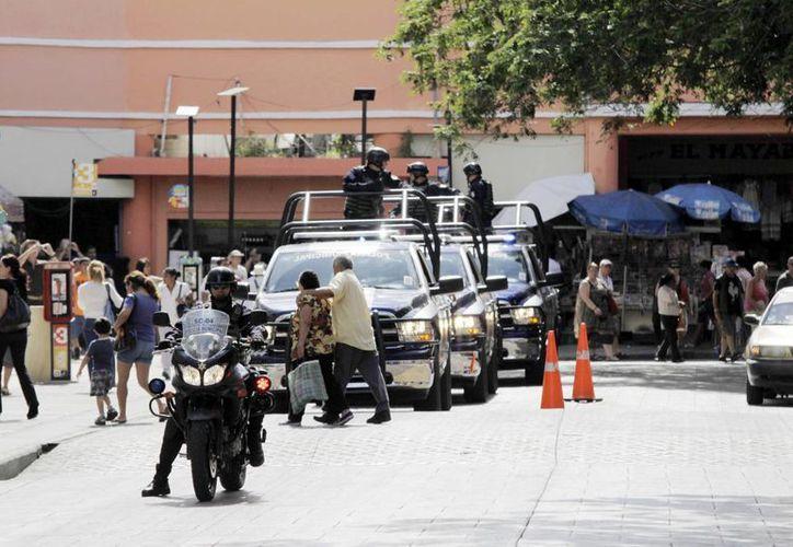 La presencia de la Policía Municipal en el centro de la ciudad inhibe los ilícitos. (Milenio Novedades)