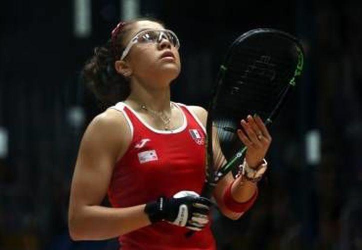 Paola Longoria López, la máxima representante del raquetbol mexicano en todo el mundo, sumo el título número 70 en su carrera al ganar el torneo <i>La Batalla del Álamo</i>, en San Antonio, Texas. (Notimex)