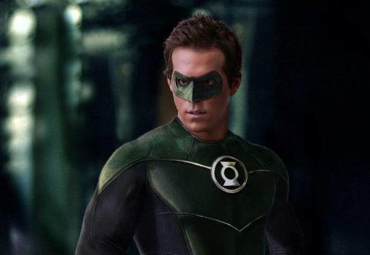 Niega Ryan Reynolds interés por interpretar a Linterna Verde (Internet)