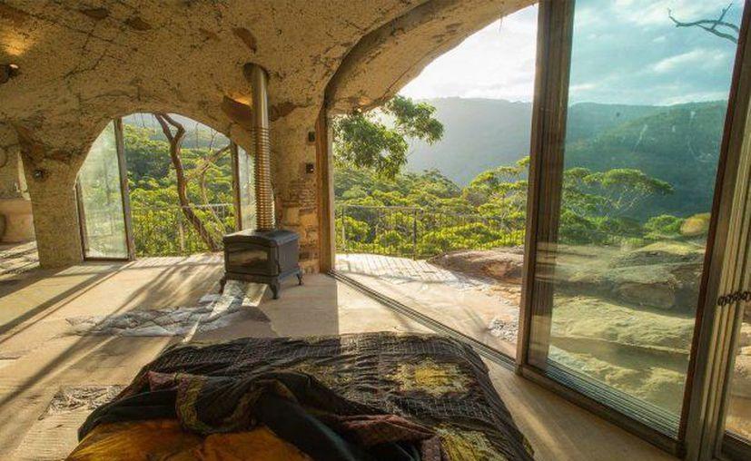 La cueva puede ser rentada desde 16,000 pesos la noche. (Airbnb).