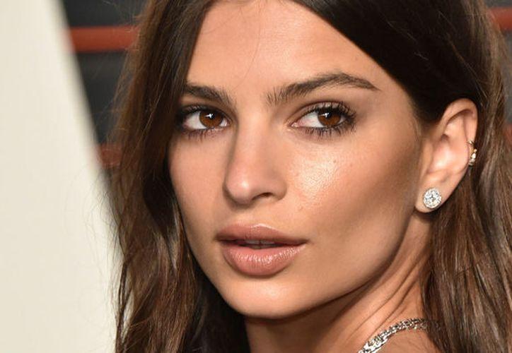 """""""Estoy extremadamente decepcionada de mirar mis labios y mis pechos alterados por photoshop en esta portada."""" Aseguró la modelo."""