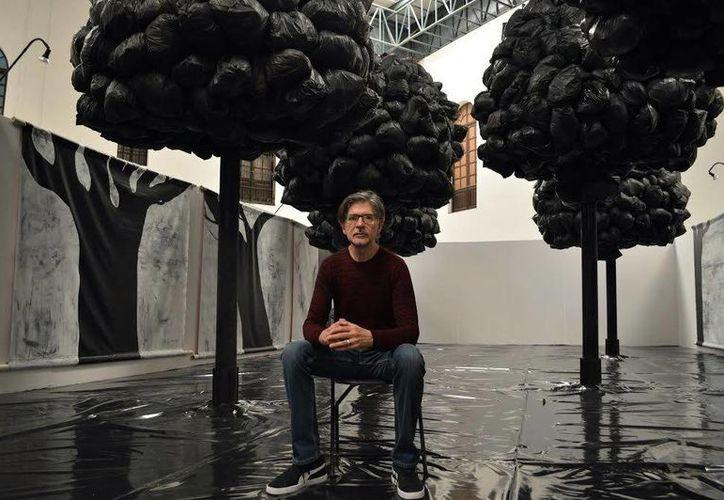 El artista Héctor de Anda ha expuesto en los museos y galerías más importantes de México y de otros países, como España, Alemania y EU.(Sipse.com)
