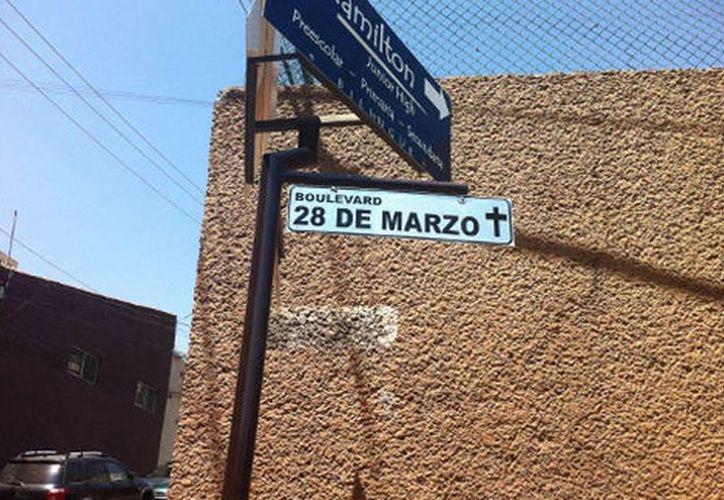 El Movimiento por la Paz y Justicia con Dignidad cambió el nombre a una avenida en recuerdo a las víctimas del crimen organizado. (Milenio)