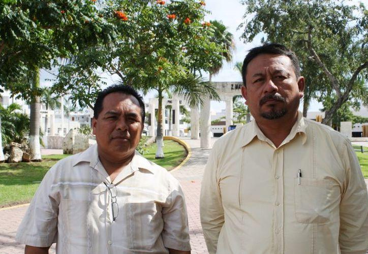 Hermelindo Be Cituk, coordinador de ANIPA en el estado y Efraín Sánchez Reyes, coordinador de la Asamblea en Solidaridad. (Yenny Gaona/SIPSE)